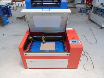 China 45w Co2 Laser Cutting Engraving Machine For Art Work Industry , Laser Cut Acrylic Jewelry factory